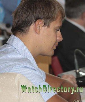 Сын крымского спикера уже заработал на часы как у Наполеона и Медведева