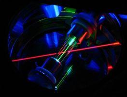 Электромагнитная ловушка для удержания одиночного атома тория (фото Kuzmich Group)