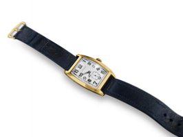 Золотые часы Longines, принадлежавшие Эйнштейну, проданы с аукциона в 2008