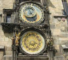 часы на Староместской площади